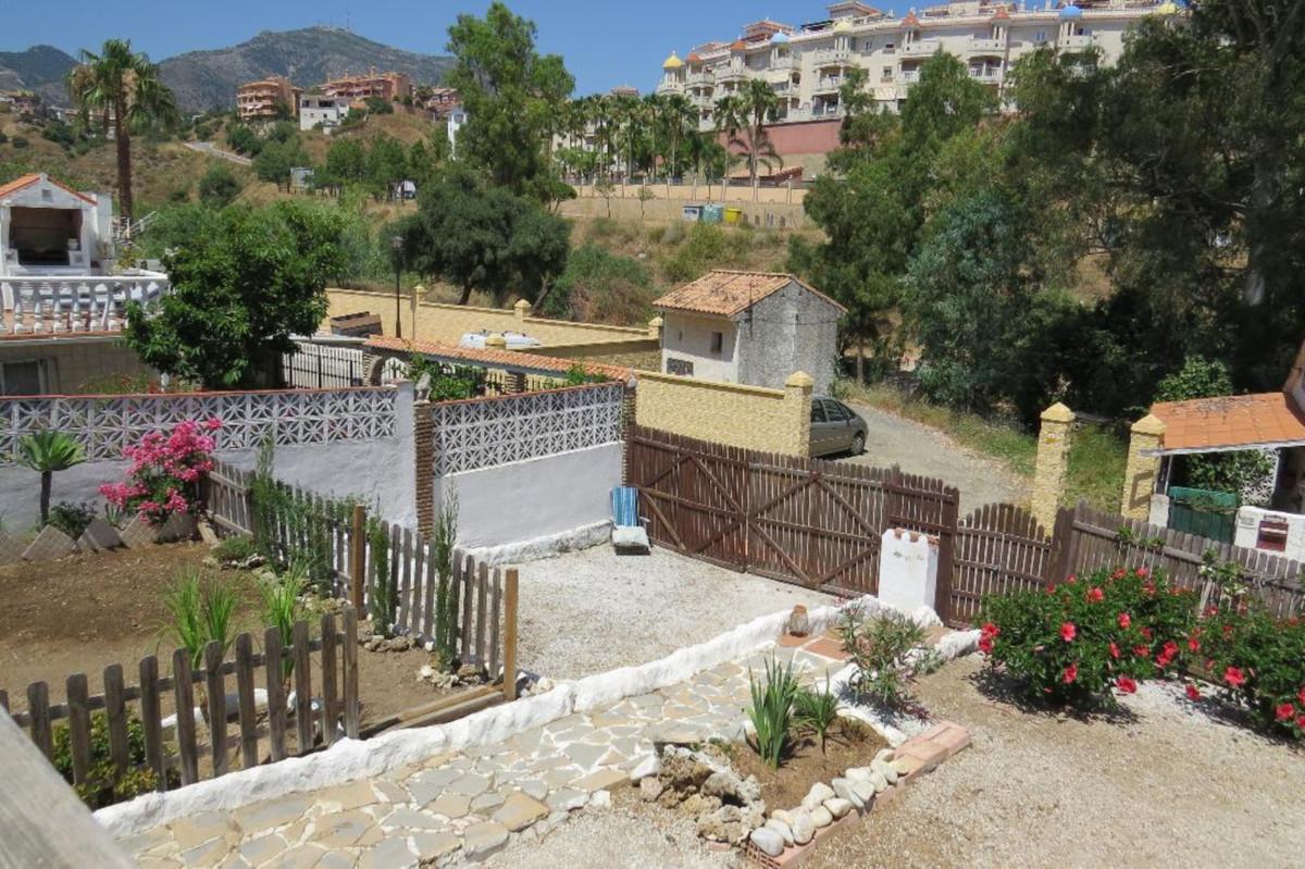1 Bedroom Detached Villa For Sale Fuengirola, Costa del Sol - HP3855490