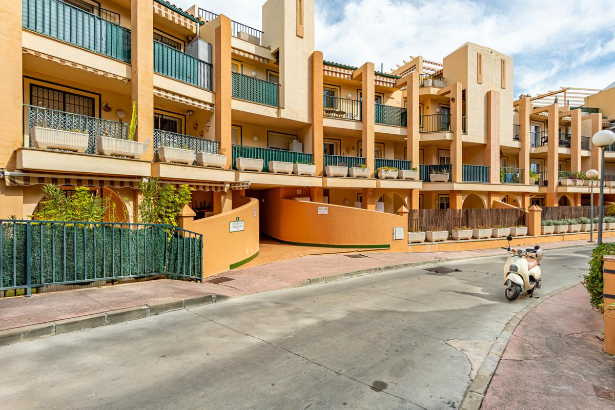 2 Bedroom Ground Floor Apartment For Sale Fuengirola