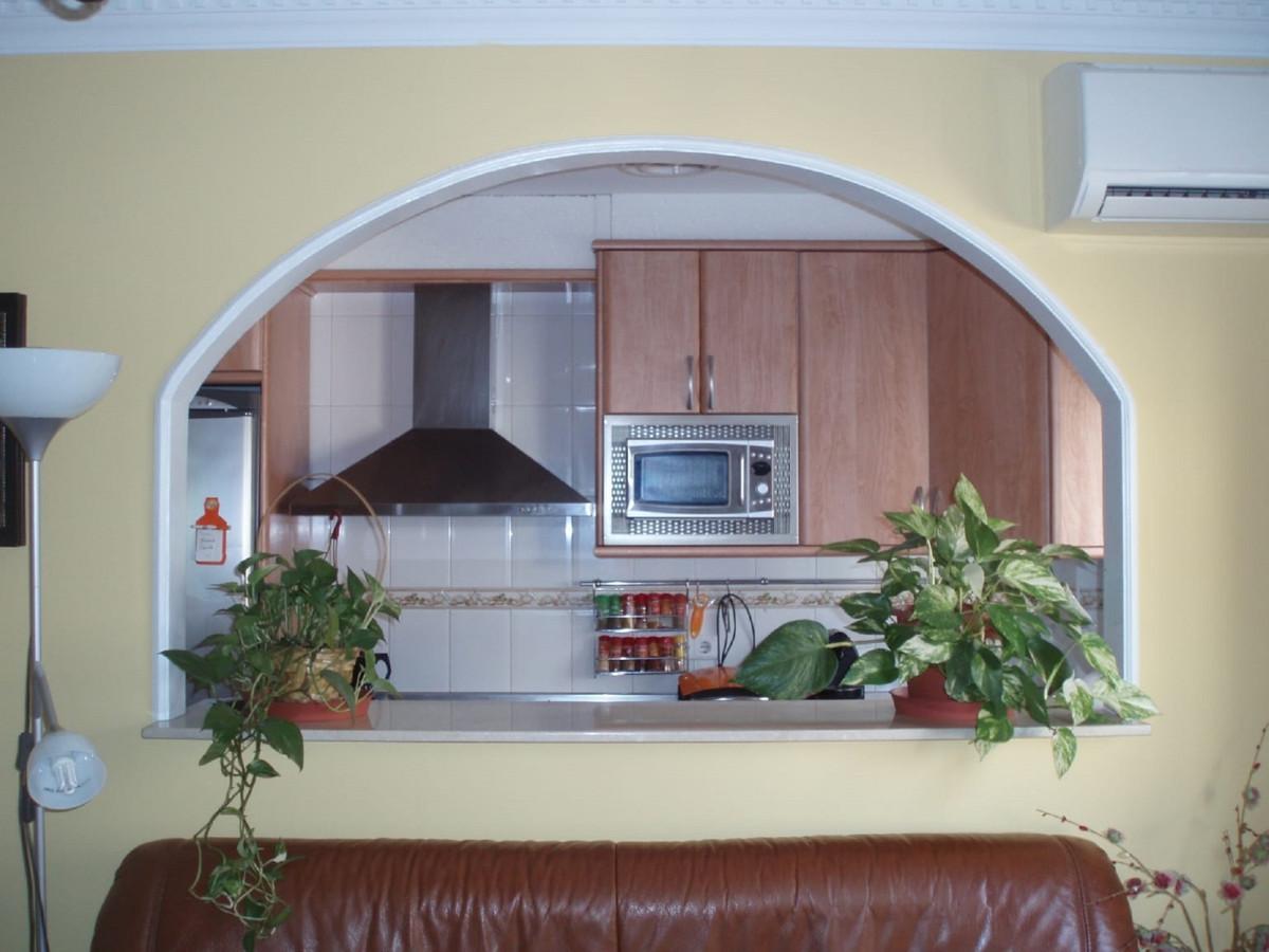 3 Bedroom Middle Floor Apartment For Sale Las Lagunas