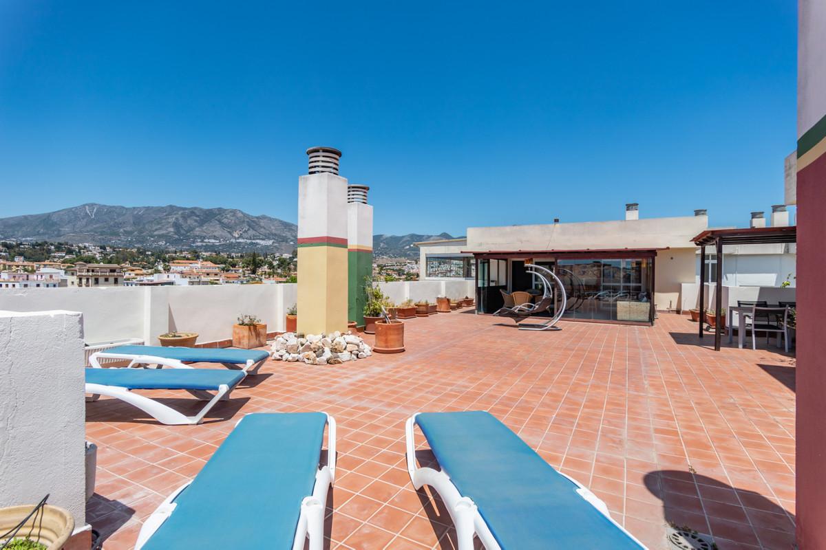 Beautiful penthouse in Las Lagunas de Mijas Luminous penthouse with wonderful views over the city an,Spain