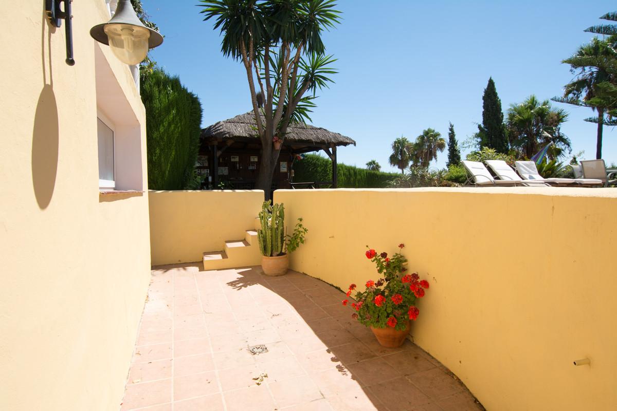 House en El Paraiso R2738222 40