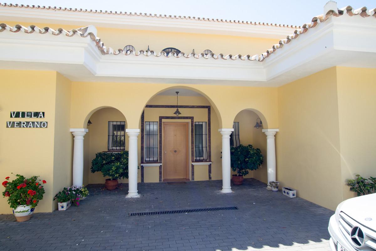 House en El Paraiso R2738222 43