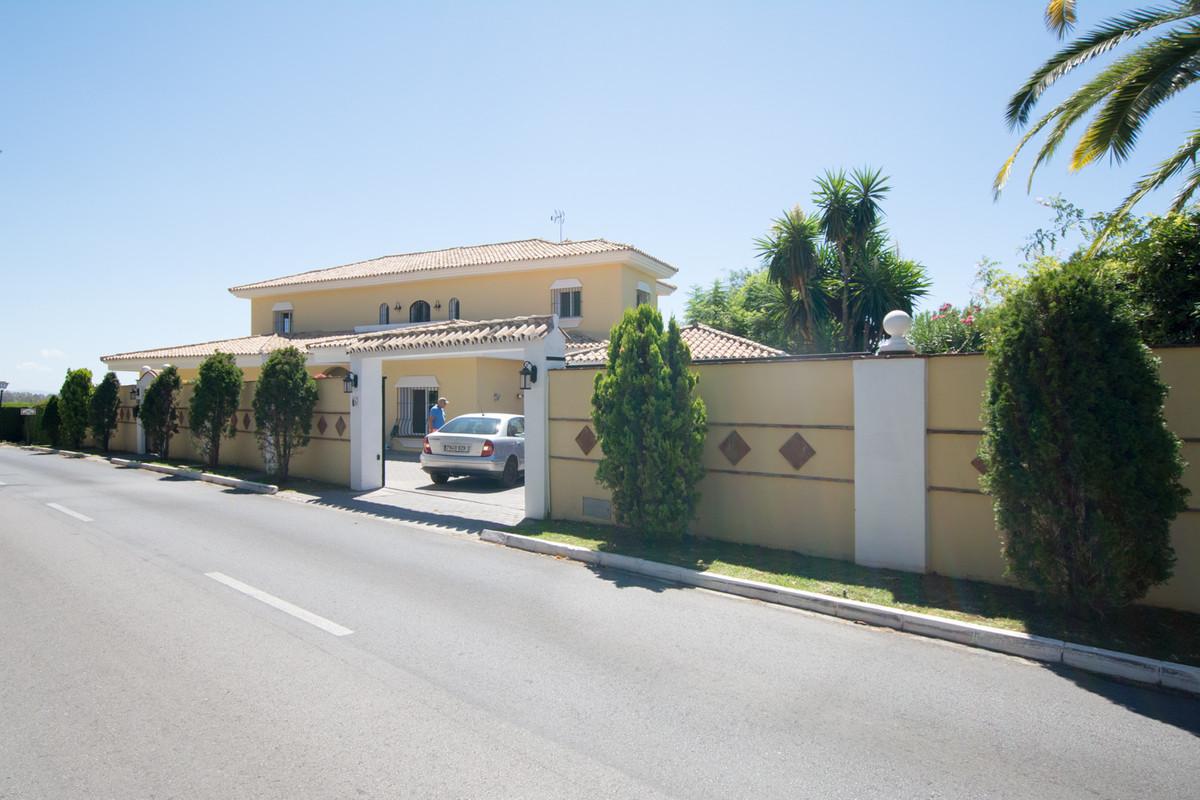 House en El Paraiso R2738222 45