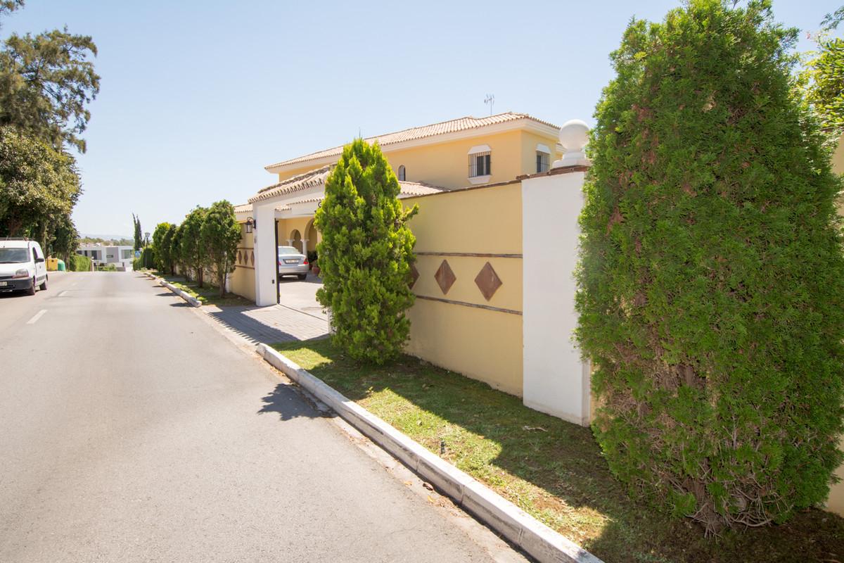 House en El Paraiso R2738222 46