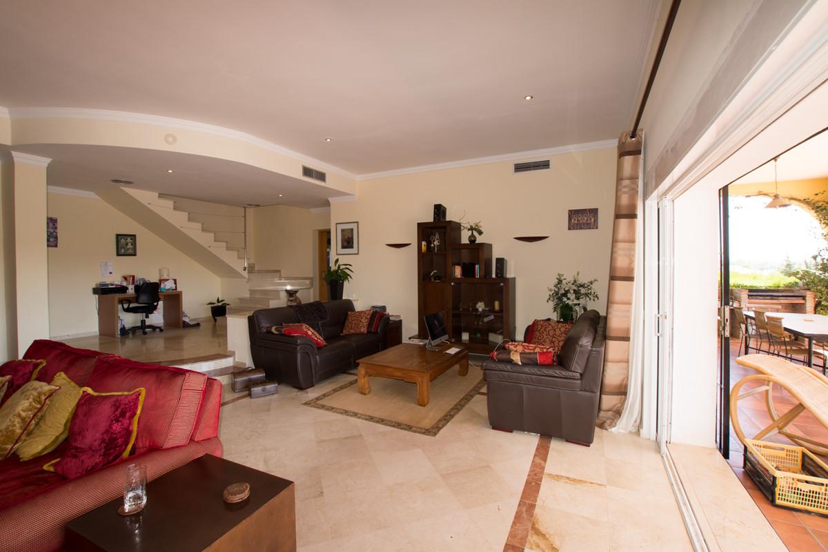 House en El Paraiso R2738222 7