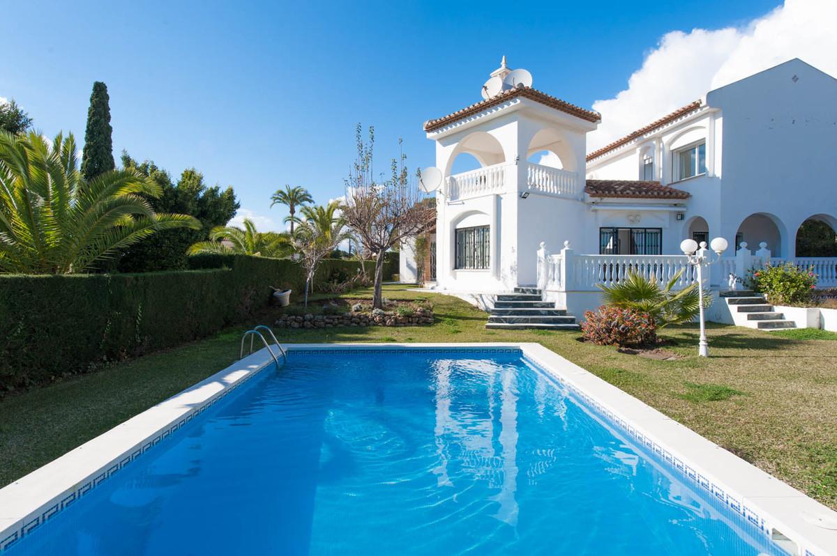 Villa - Elviria