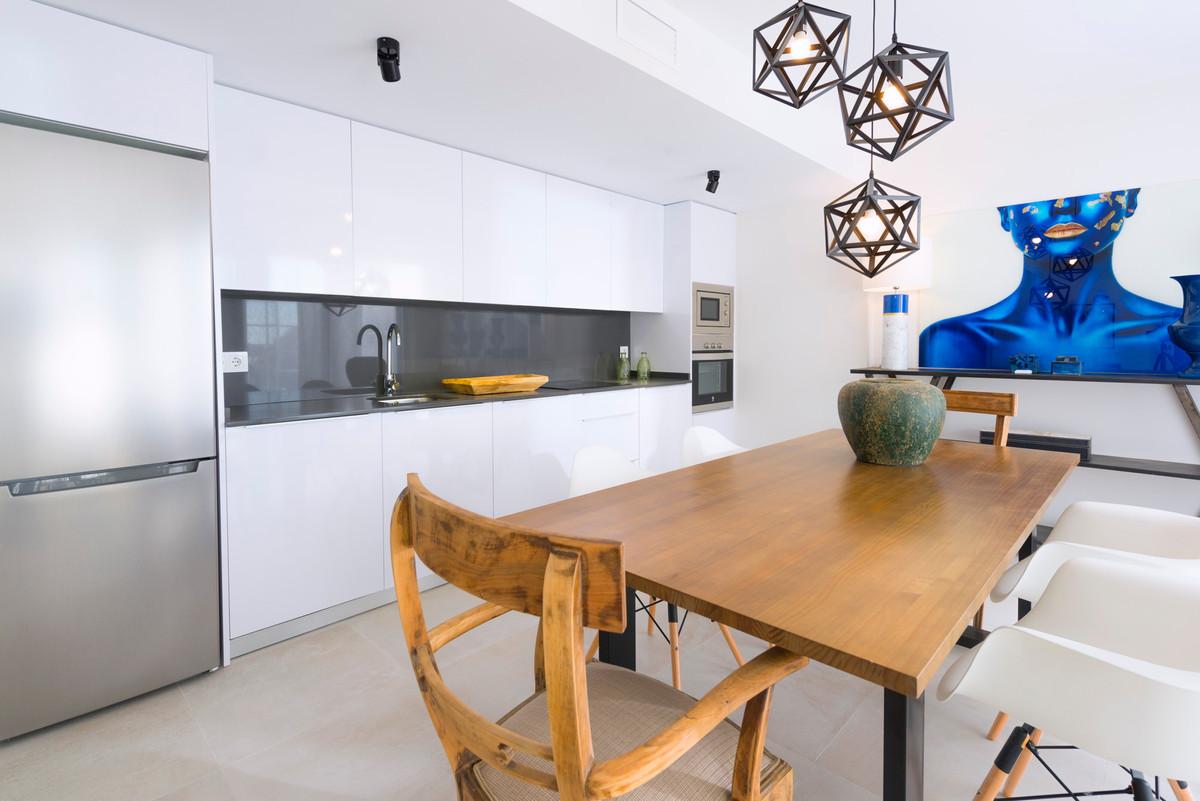 Apartment in Benalmadena R3304690 4