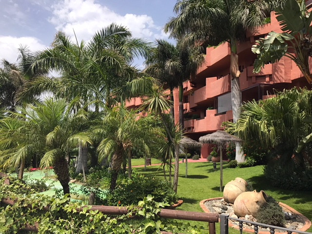 Luxury apartment on the beach of Guadalmansa. The property has an area of ??110m, 2 bedrooms, 2 bath,Spain