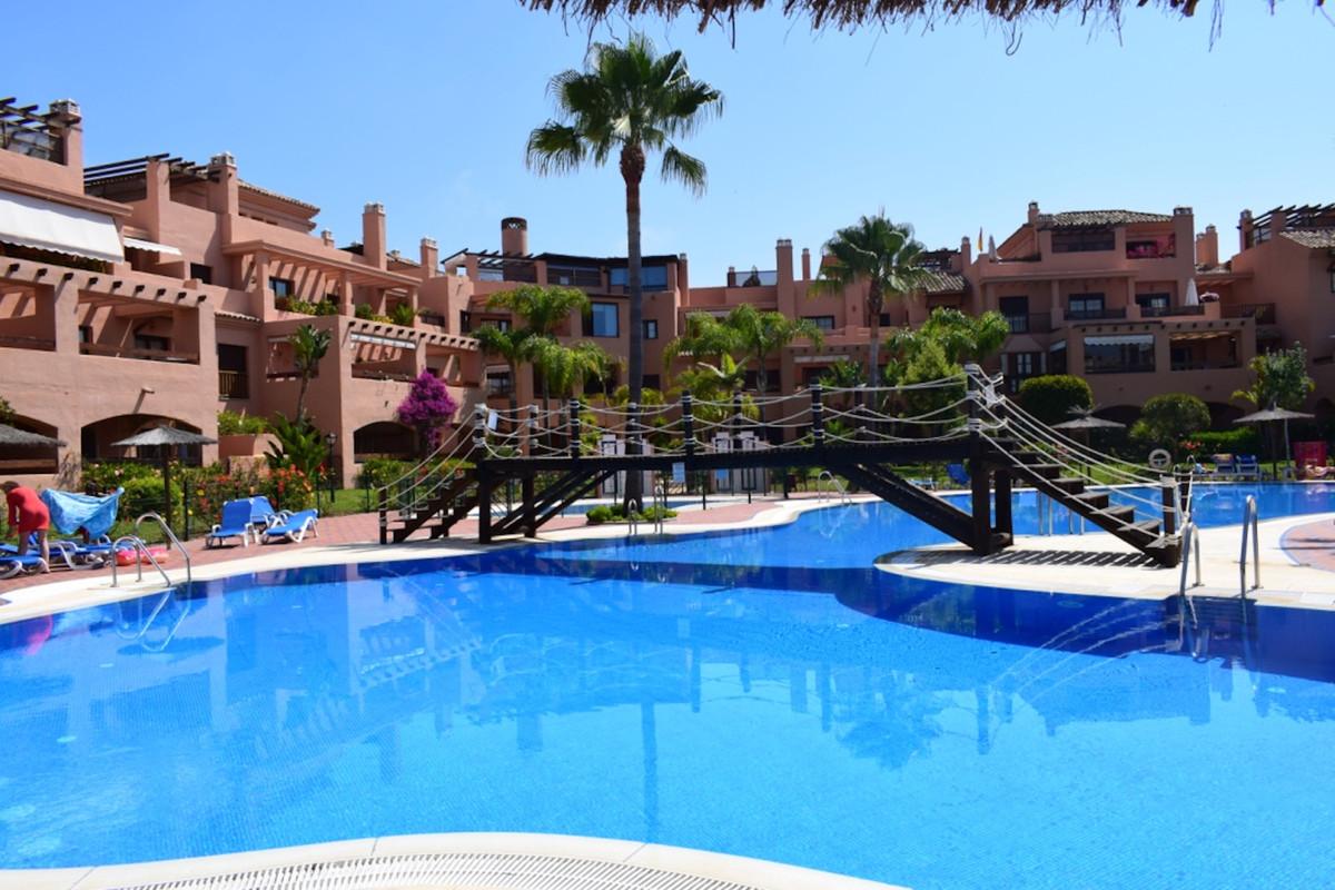 Penthouse for sale in Hacienda del Sol R3454777