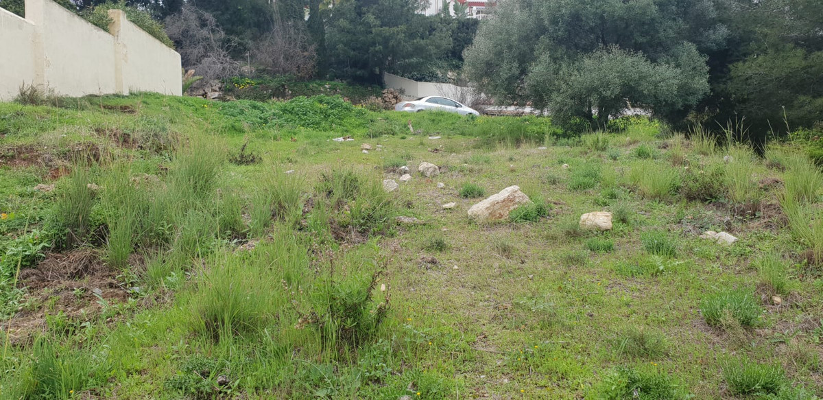 Great plot in Hacienda las Chapas with 1,663m2 of land. Great value for money!,Spain