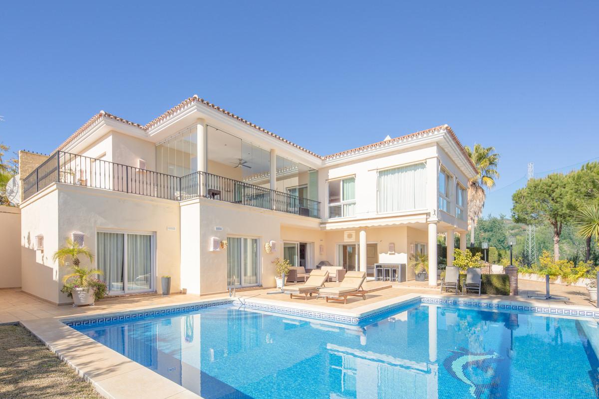 Detached Villa for sale in Elviria R3745582