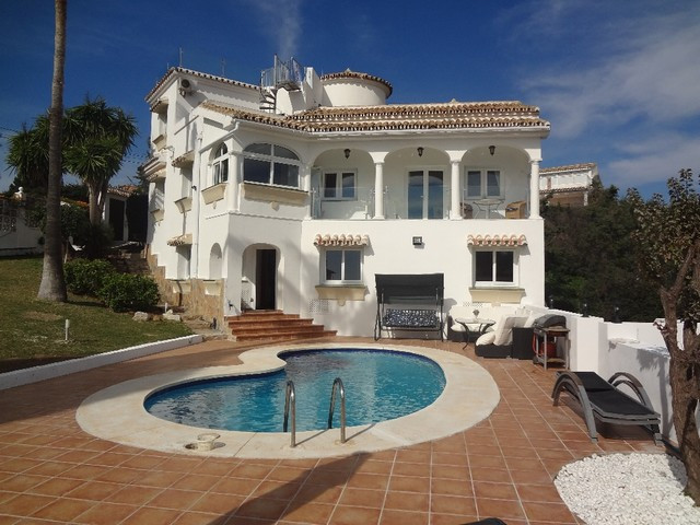 R2924684: Villa in Elviria
