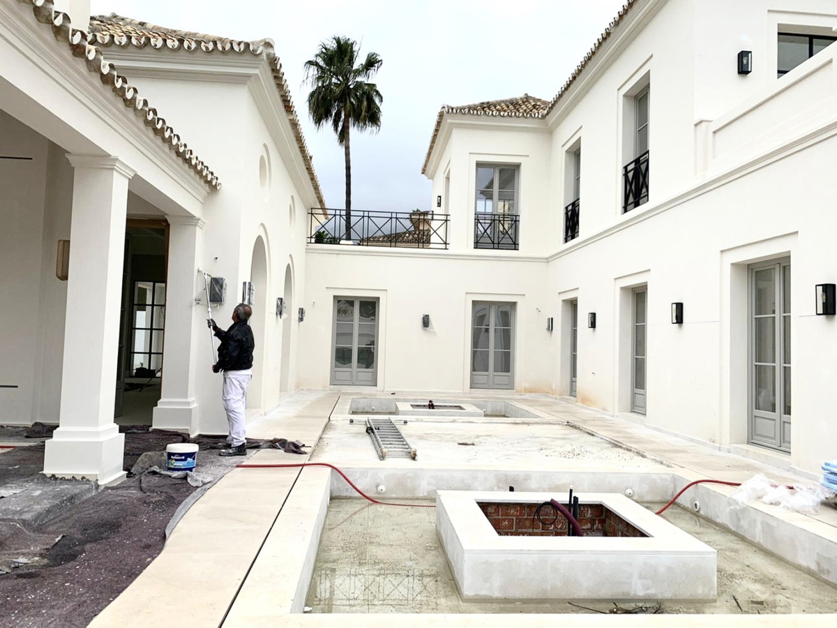 Outstanding brandnew Villa in Nagueles, Golden Mile. Only some minutes to the sea and the main shopp,Spain