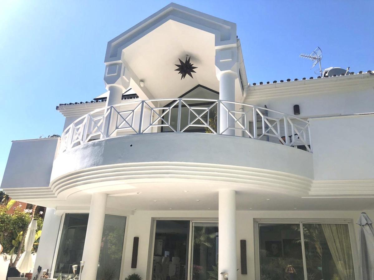 Villa in El Presidente