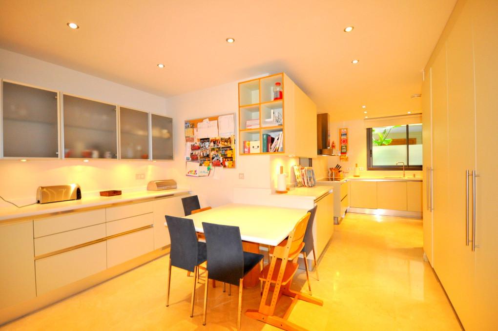 Apartamento con 6 Dormitorios en Venta Sierra Blanca