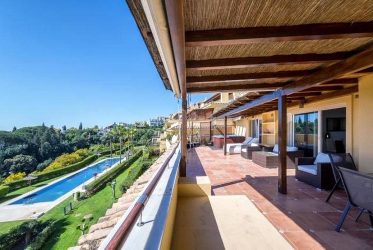 Penthouse in Sierra Blanca