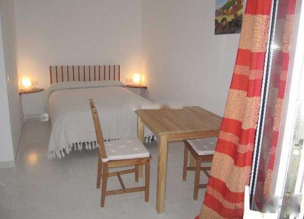 Studio  Mi-étage en location  à Marbella