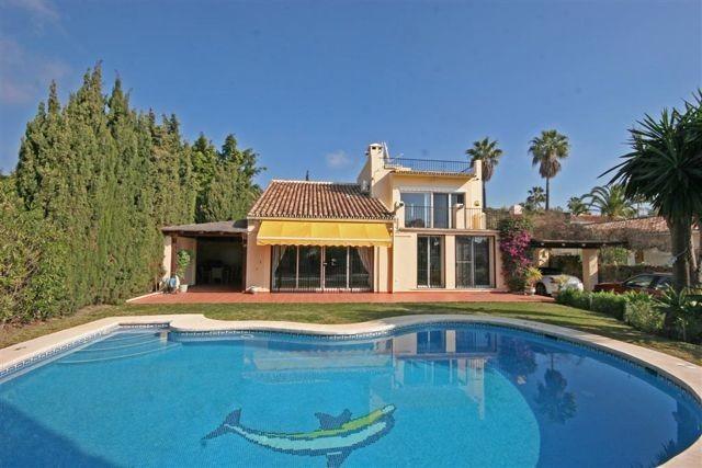 Villa zu verkaufen in Nueva Andalucía R3297574