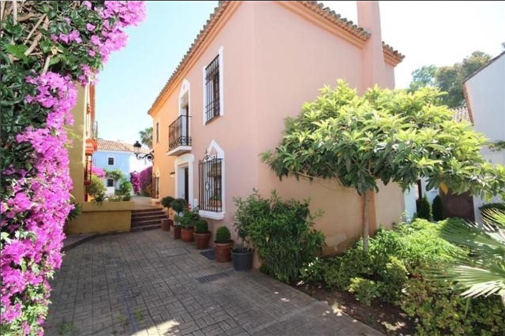 Townhouse - Guadalmina Baja