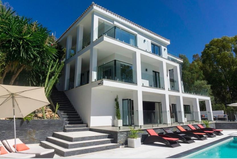 Villa Till salu i Elviria R3085972