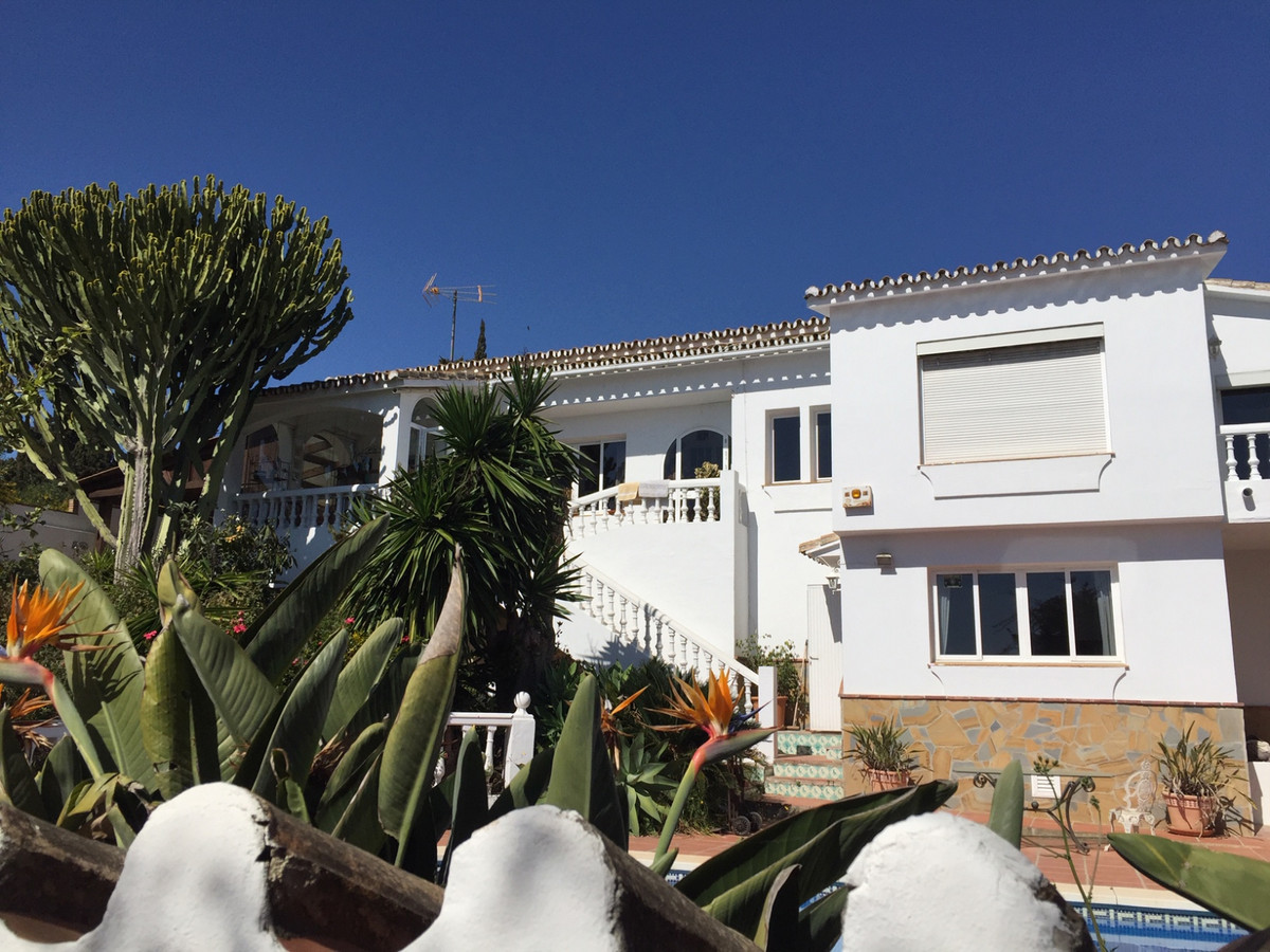 Just 80 metres from the beach via underground tunnel.  Located in the urbanisation of El Chaparral. ,Spain