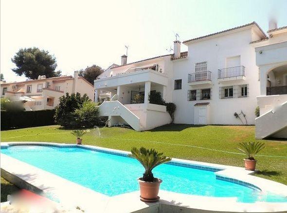 Unifamiliar 2 Dormitorios en Venta Nueva Andalucía