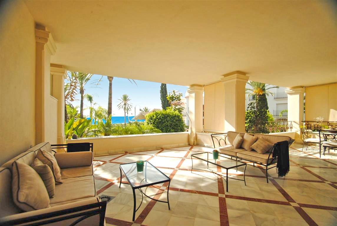 Apartamento 3 Dormitorios en Venta Los Monteros
