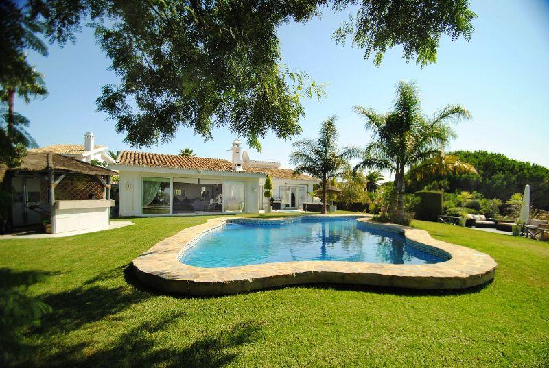 Villa 3 Dormitorios en Venta Cabopino