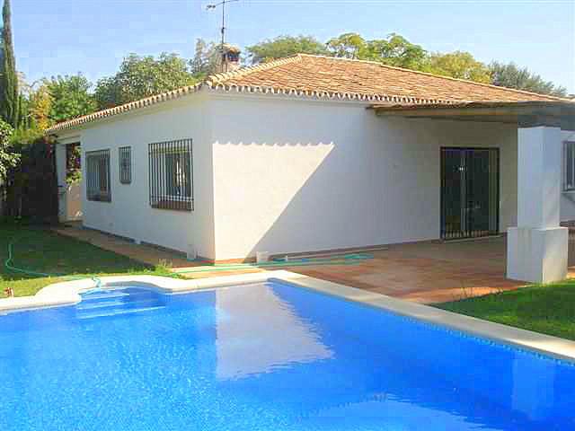 Detached Villa for sale in Cabopino R3834274