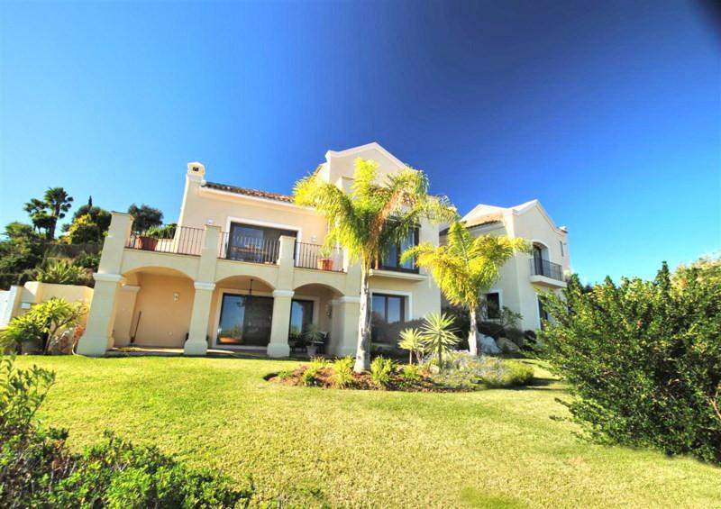 Villa Te Koop - New Golden Mile