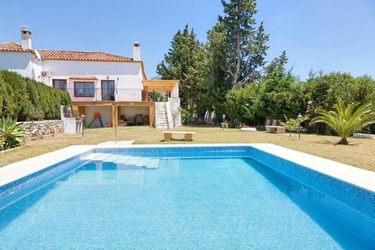 Villa  Finca en venta   en Mijas