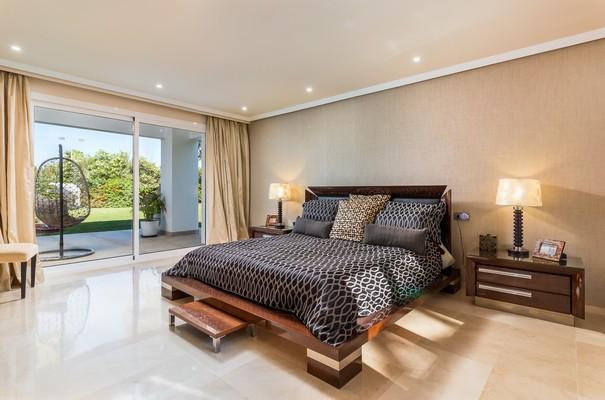 Villa con 5 Dormitorios en Venta El Paraiso