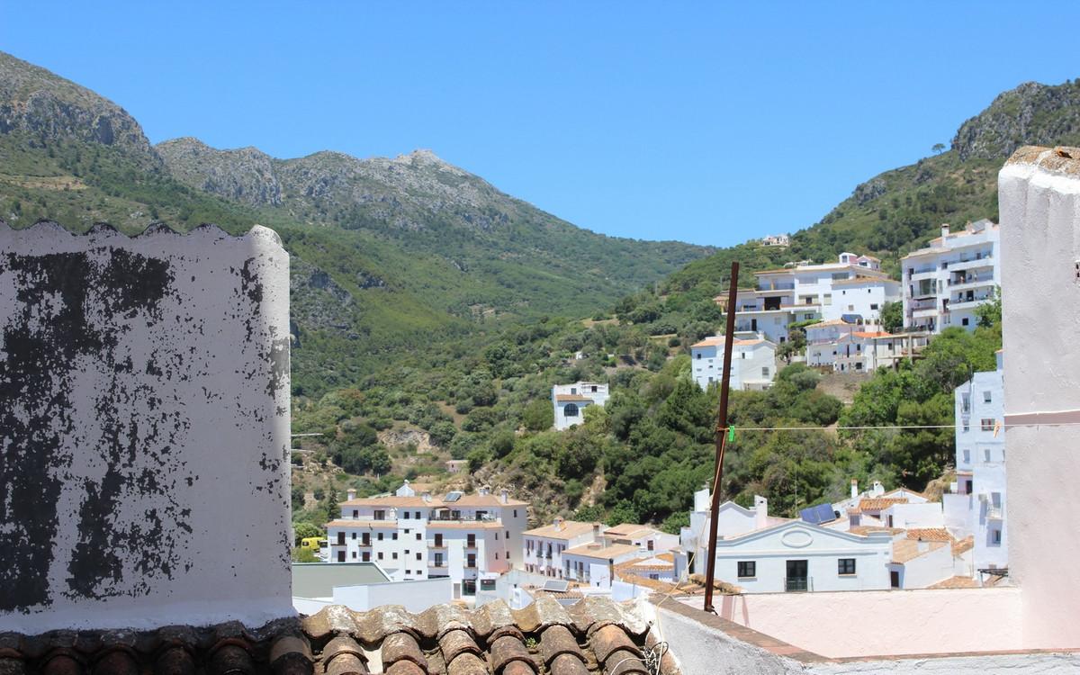 Apartamento, Planta Baja  en venta    en Casares Pueblo