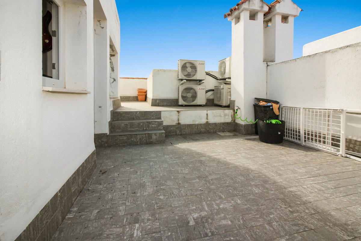 3 Bedroom Terraced Townhouse For Sale Casares Playa
