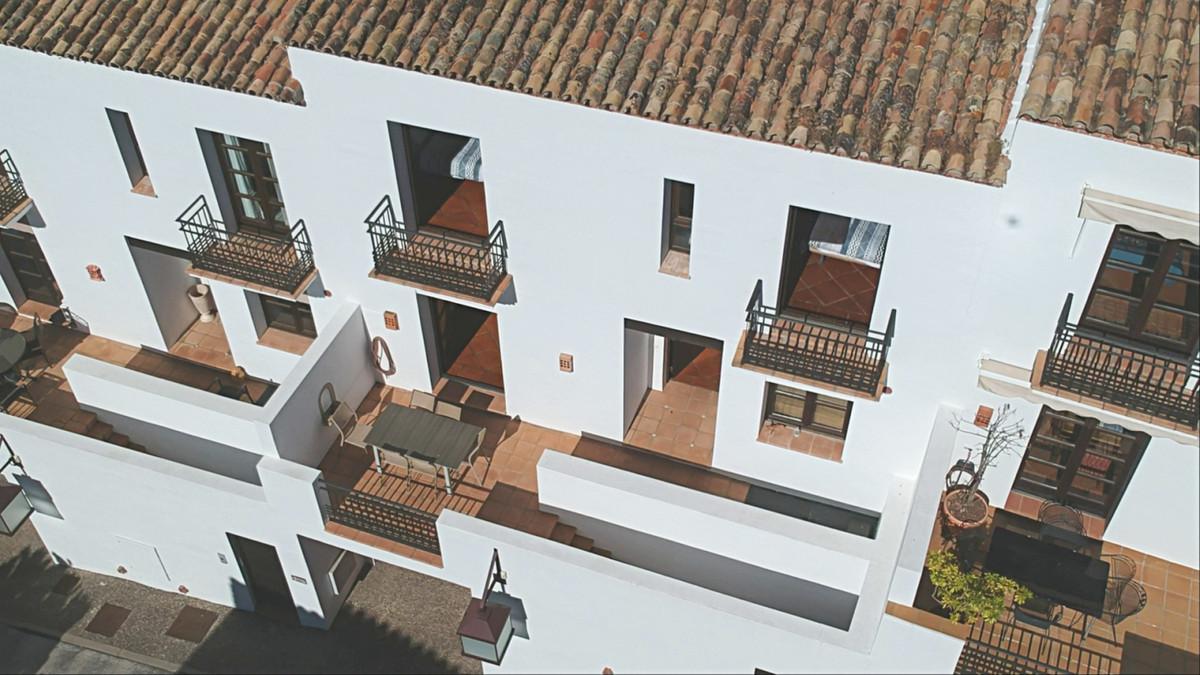 3 bedroom townhouse for sale benahavis