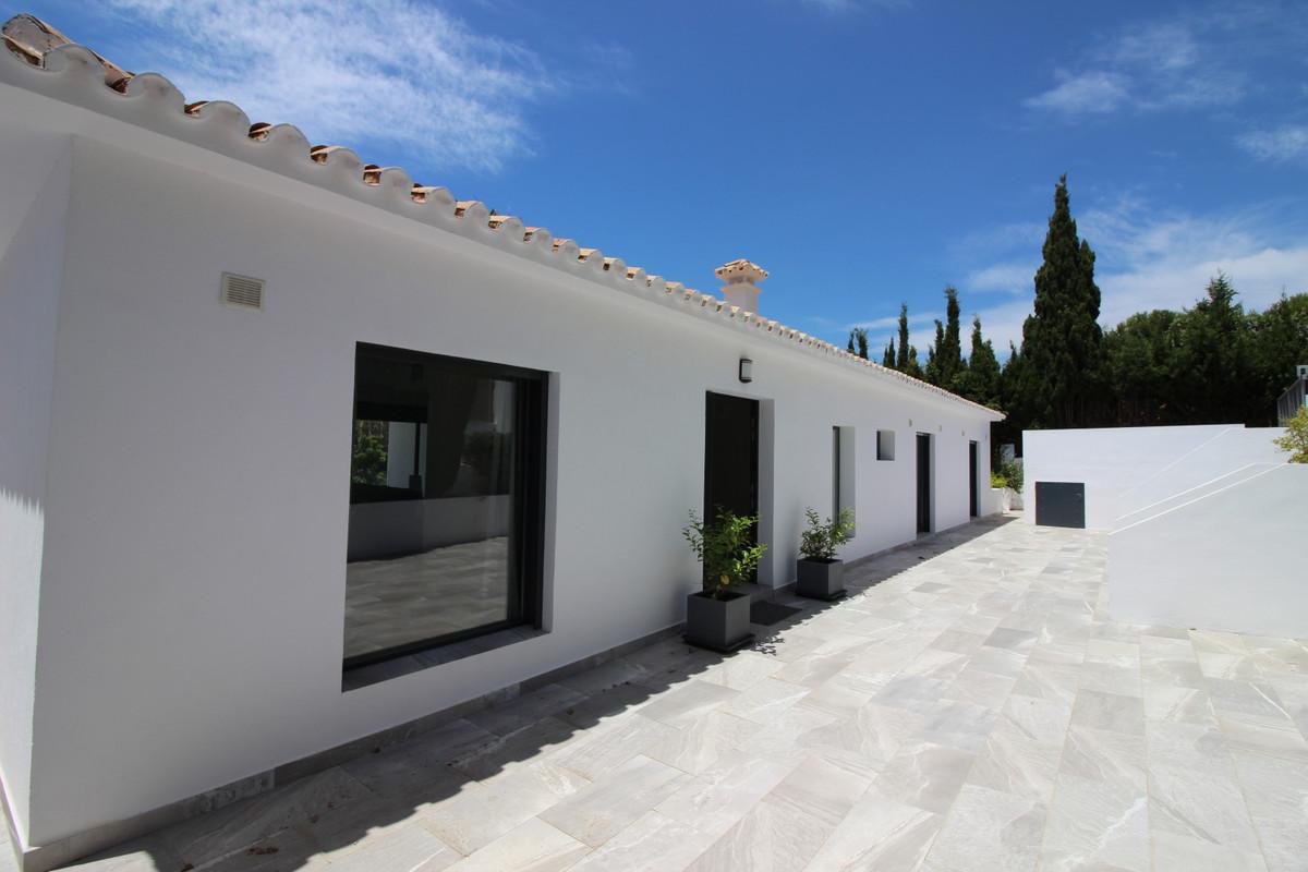 Detached Villa for sale in San Martín de Tesorillo R3273658
