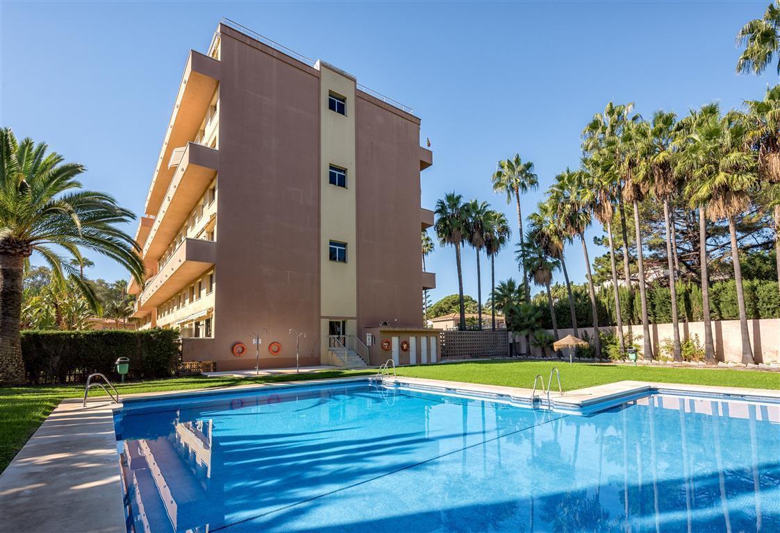 Apartment in Las Chapas R3042119 20
