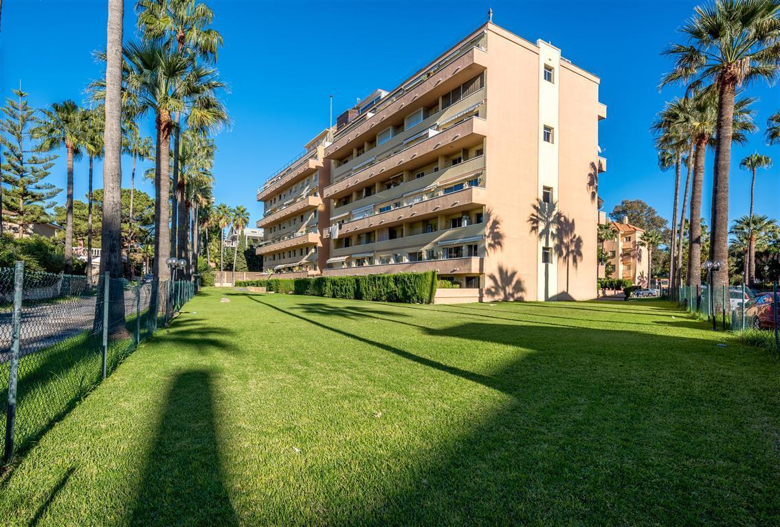 Apartment in Las Chapas R3042119 21