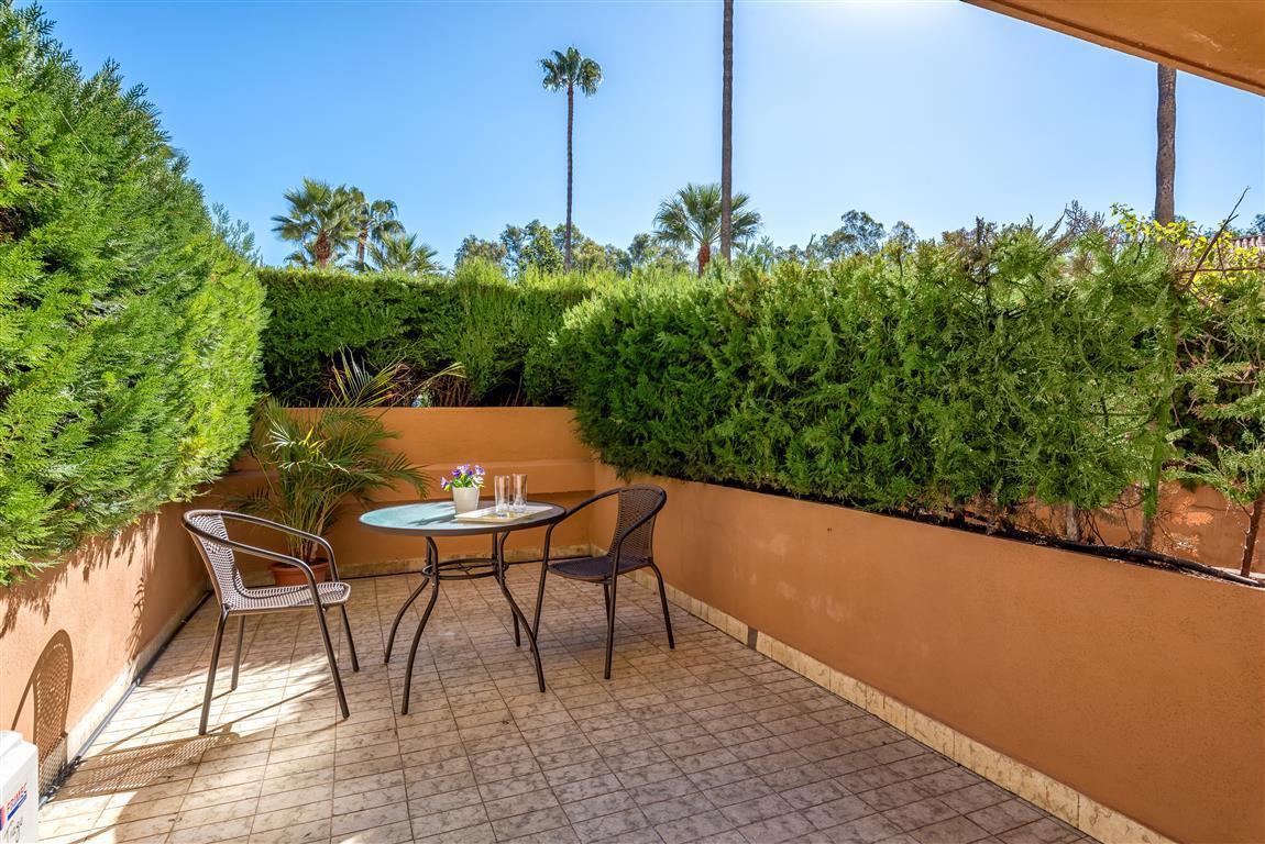 Apartment in Las Chapas R3042119 25