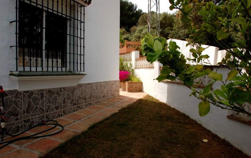 House in Alhaurín el Grande R2895566 8