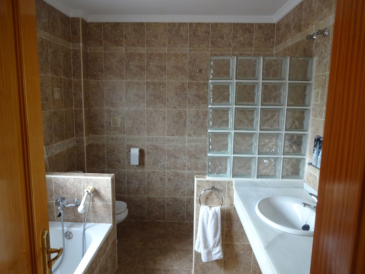House in Alhaurín de la Torre R3346951 10