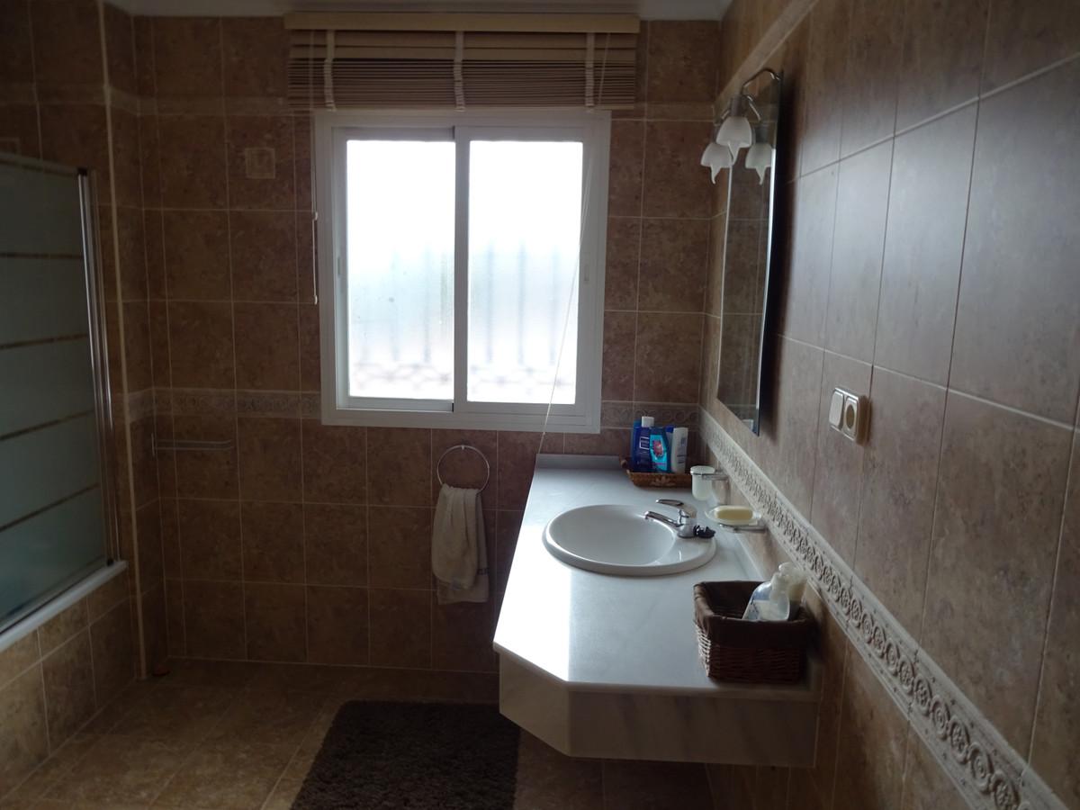 House in Alhaurín de la Torre R3346951 12
