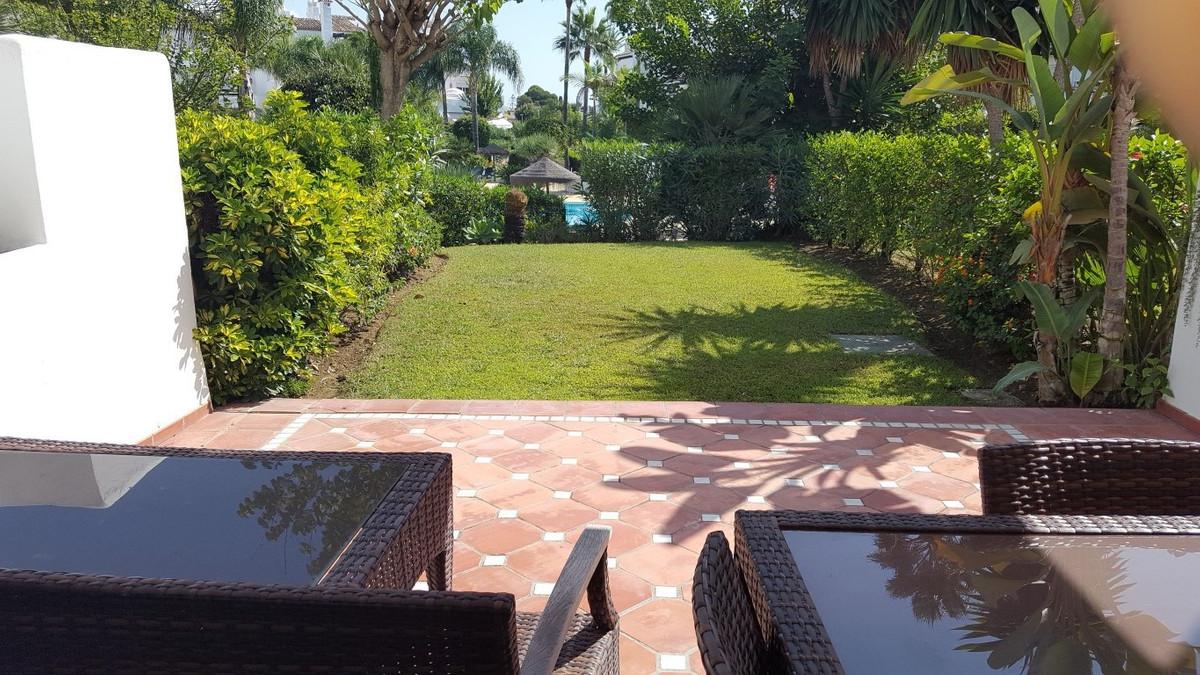 Unifamiliar Adosada en Costalita, Costa del Sol