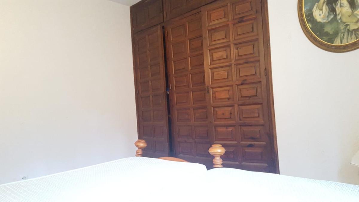 7 Bedroom Villa For Sale, San Pedro de Alcántara