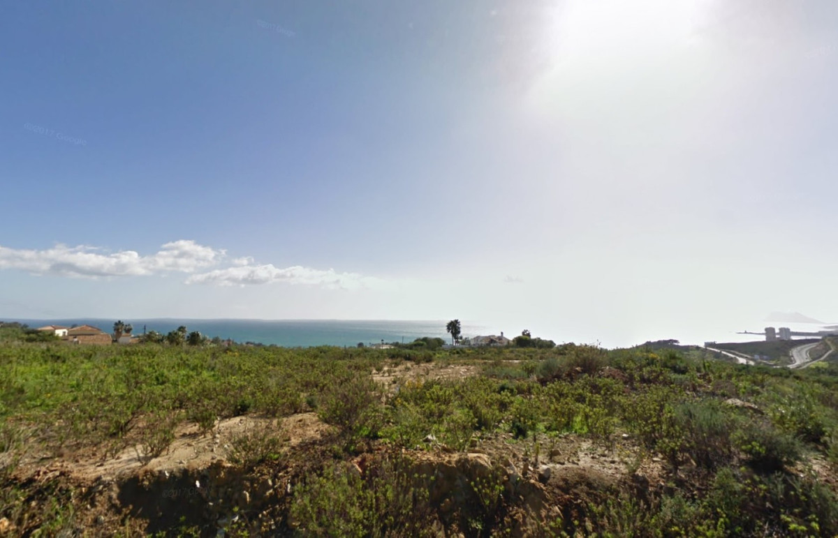 Magnificent building plots with panoramic sea and mountain views, 10 mins from the ports of Sotogran,Spain