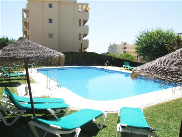 Middle Floor Apartment, Calahonda, Costa del Sol 1 Bedroom, 1 Bathroom, Built 50 m², Terrace 30 m². ,Spain