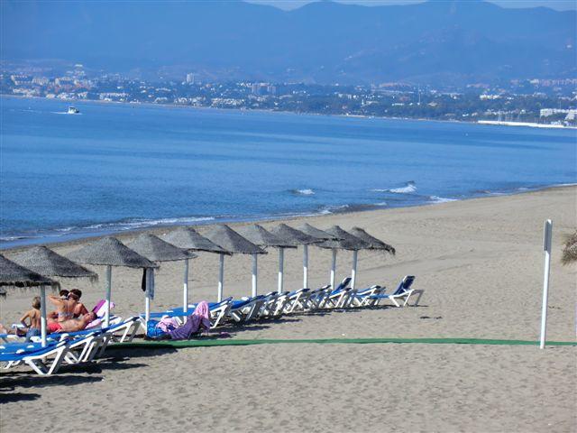 Apartamento, Planta Baja  en venta    en Bahía de Marbella