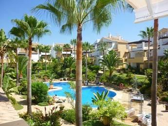 Takvåning i Bahía de Marbella R2878640