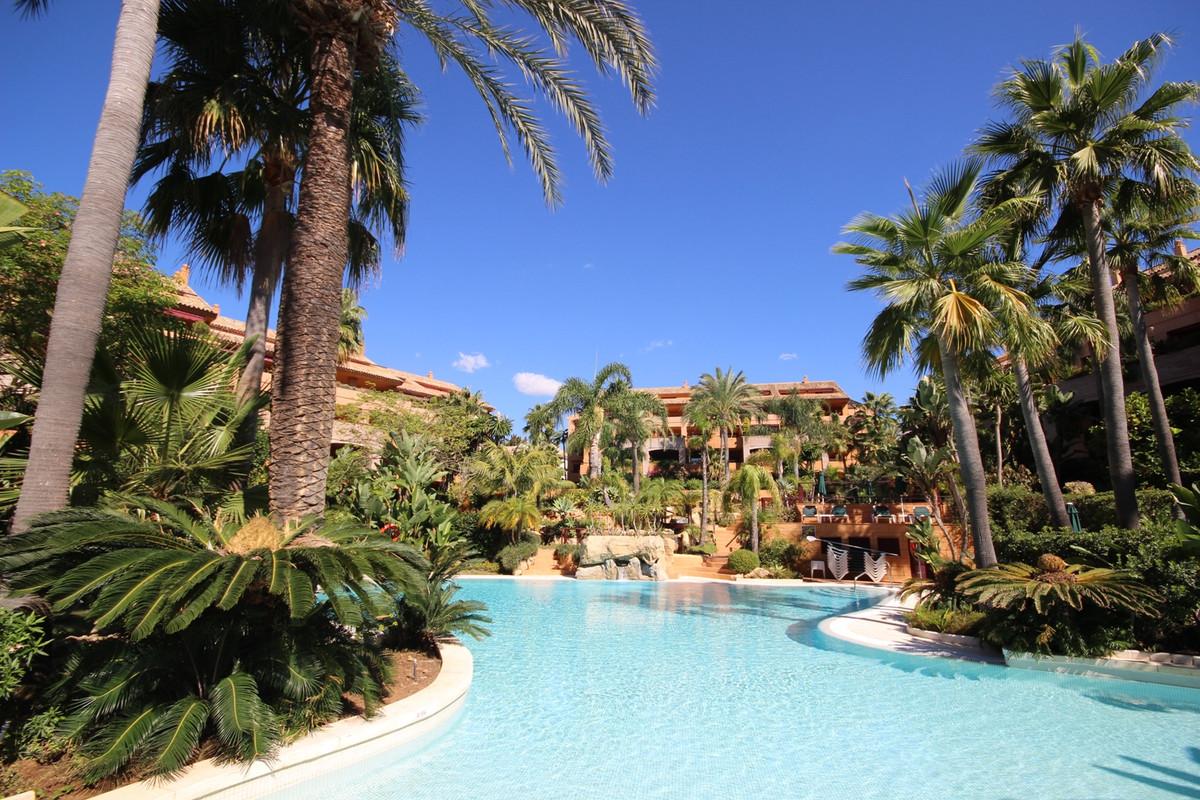 Apartamento 3 Dormitorios en Venta Bahía de Marbella