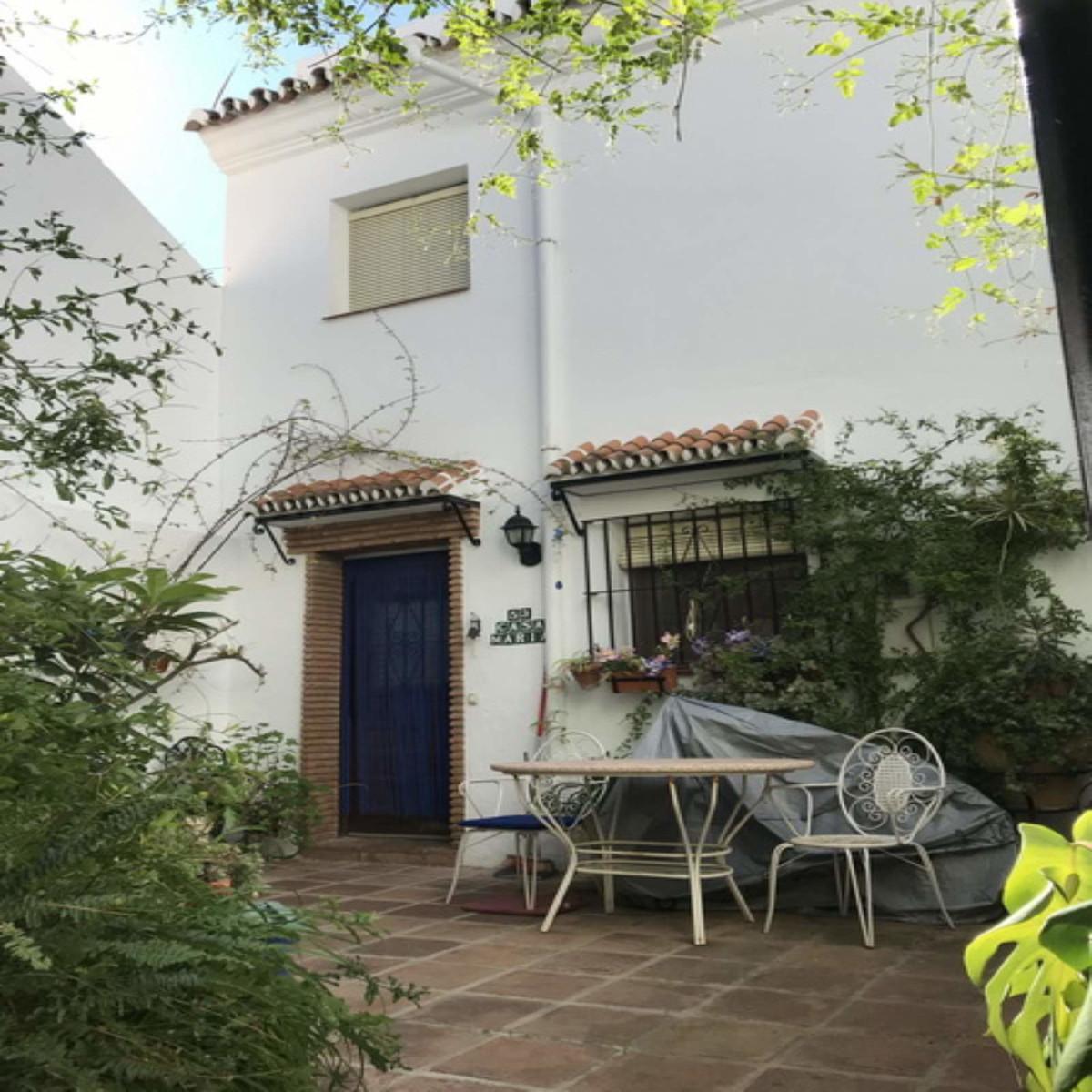 Villa  Pareada en venta   en Mijas